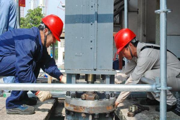 九江石化水务5号循环水泵出口阀液压系统安装调试完成